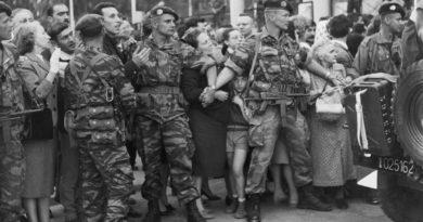 Debate on French crimes in Algeria